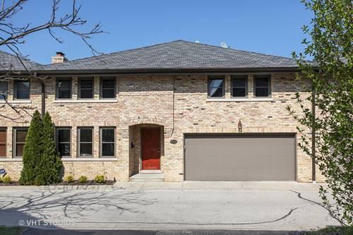 697 Rienzi, Highwood, IL 60040