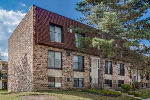 180 S Waters Edge Unit 302, Glendale Heights, IL 60139