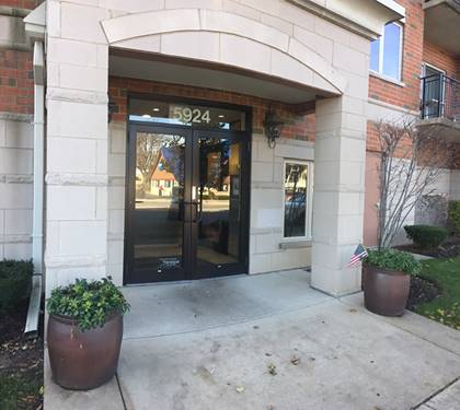 5924 N Lincoln Unit 206, Chicago, IL 60659