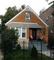 3090 N Haussen, Chicago, IL 60618