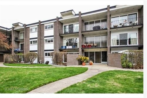 10109 Cherry Unit 308, Skokie, IL 60076