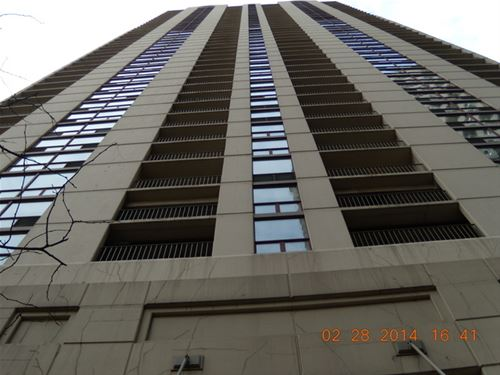 200 N Dearborn Unit 1201, Chicago, IL 60601 Loop