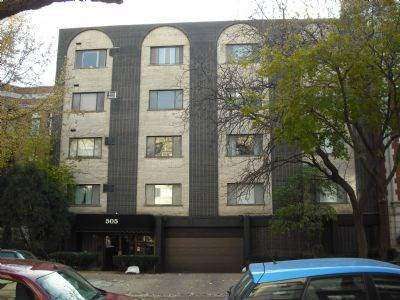 505 W Melrose Unit 207, Chicago, IL 60657 Lakeview