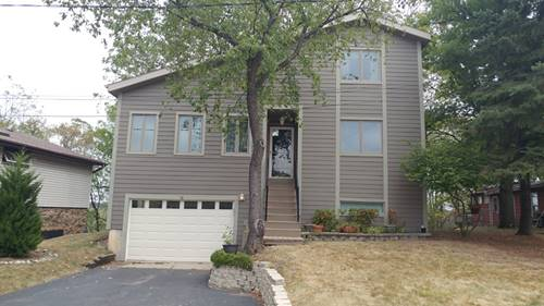 26 Echo Hl, Lake In The Hills, IL 60156
