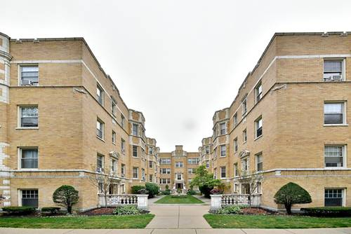 239 Washington Unit 3B, Oak Park, IL 60302