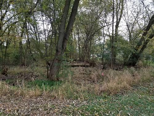 112 N Greenfield, Crystal Lake, IL 60014