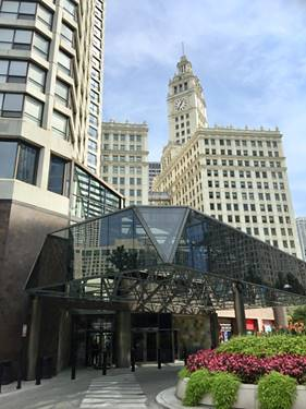 405 N Wabash Unit 411, Chicago, IL 60611 River North
