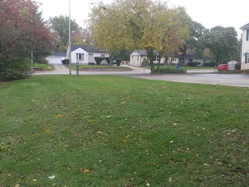 211 W Roosevelt, Wheaton, IL 60187