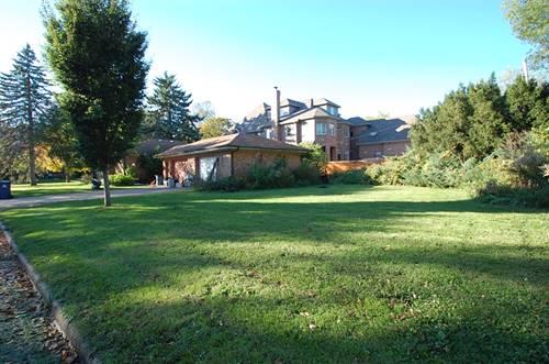 30 S West, Naperville, IL 60540