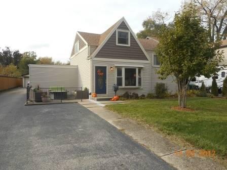 126 N Ahrens, Lombard, IL 60148