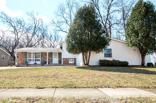 645 Green Oaks, Crystal Lake, IL 60014