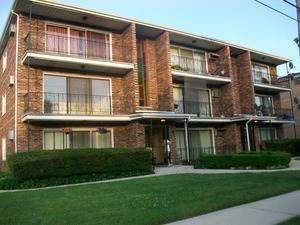 8735 S Roberts Unit 2N, Hickory Hills, IL 60457