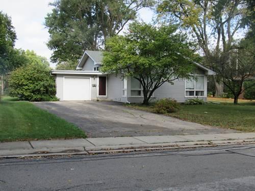 39 Oakwood, Naperville, IL 60540