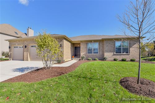 26001 Whispering Woods, Plainfield, IL 60585