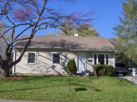372 E Fullerton, Glendale Heights, IL 60139