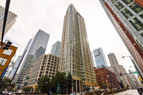 345 N La Salle Unit 2406, Chicago, IL 60654