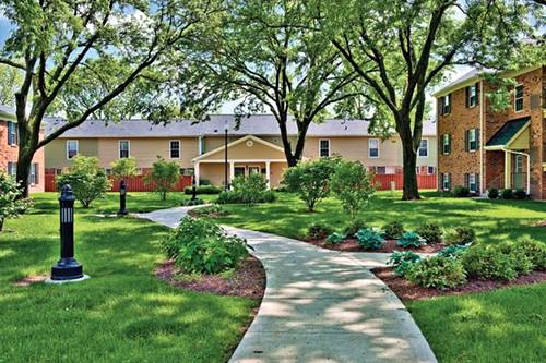 2850 Southampton Unit 2101, Rolling Meadows, IL 60008