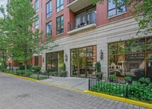 343 W Old Town Unit 604, Chicago, IL 60610 Old Town