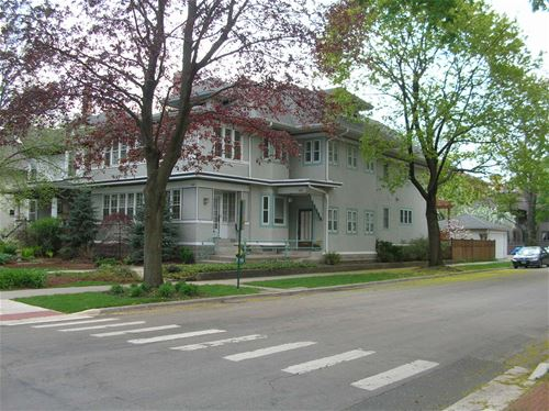233 N Elmwood, Oak Park, IL 60302