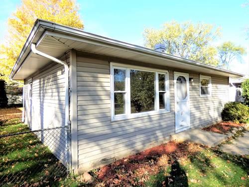12 Wren, Carpentersville, IL 60110