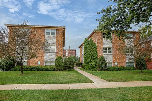 117 E Garfield Unit 4, Lombard, IL 60148