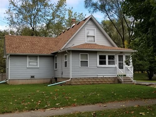 25 Wenholz, East Dundee, IL 60118