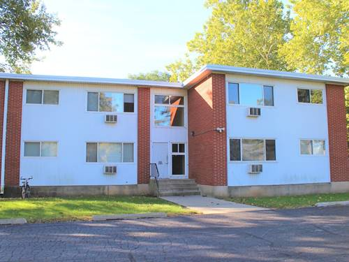 205 Marian Unit 2A, Crystal Lake, IL 60014