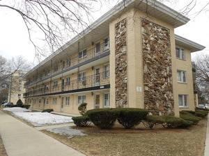 6161 W Higgins Unit 208, Chicago, IL 60630