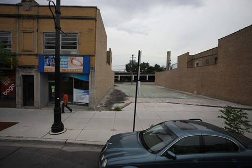 5613 W Belmont, Chicago, IL 60634