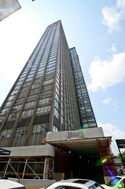 655 W Irving Park Unit 3010, Chicago, IL 60613 Lakeview