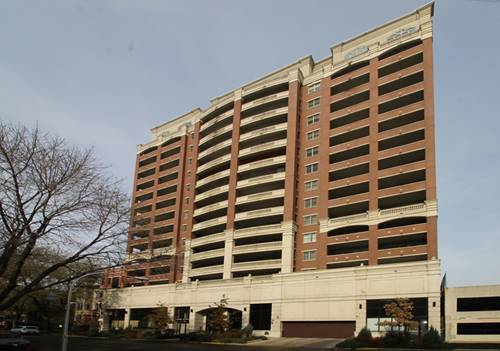 828 W Grace Unit 1504, Chicago, IL 60613