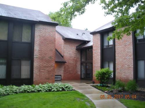 740 St Andrews Unit 34, Crystal Lake, IL 60014