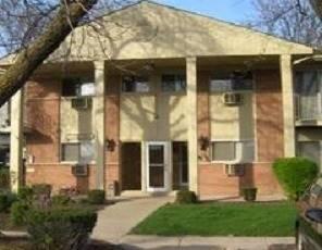 2290 Breezewood Unit 1, Hanover Park, IL 60133
