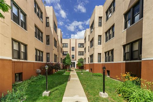 4210 N Pulaski Unit 1S, Chicago, IL 60641