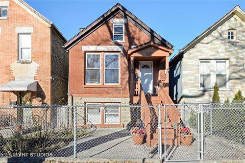 2550 W Thomas, Chicago, IL 60622