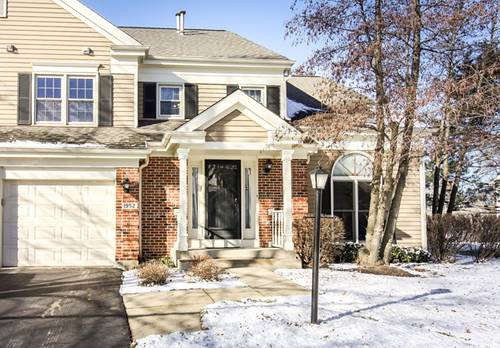 1952 N Charter Point Unit 0, Arlington Heights, IL 60004