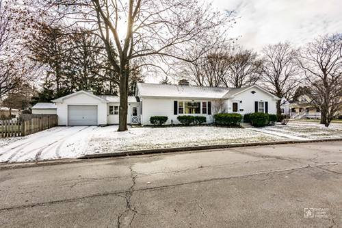 121 Mosedale, St. Charles, IL 60174