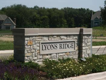 820 Lyons Ridge, Cary, IL 60013