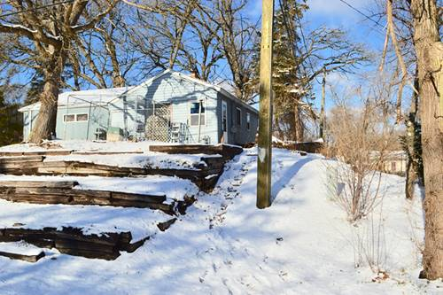 5604 Meadow Hill, Mchenry, IL 60051