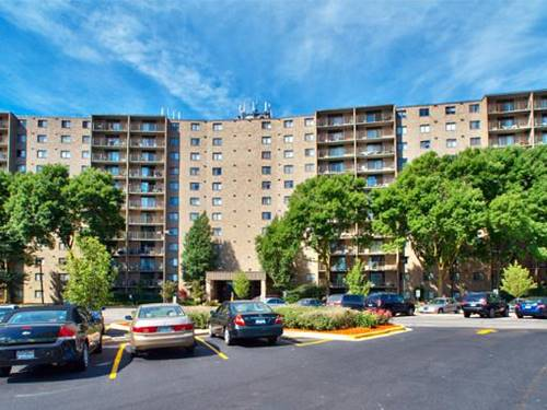 6340 Americana Unit 507, Willowbrook, IL 60527