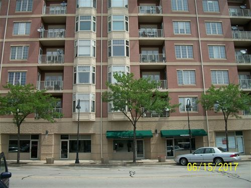 9670 Franklin Unit 401, Franklin Park, IL 60131