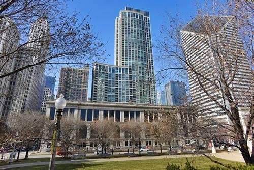 130 N Garland Unit 3302, Chicago, IL 60602 Loop