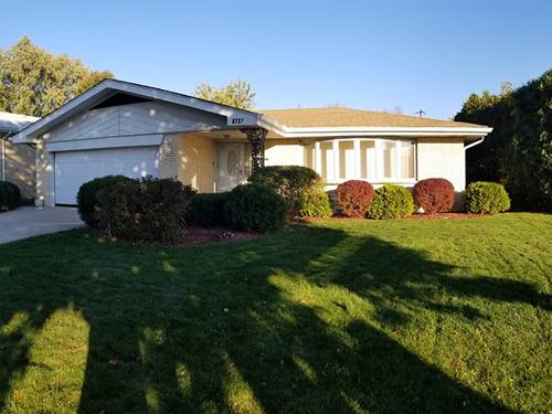 9237 S Tripp, Oak Lawn, IL 60453