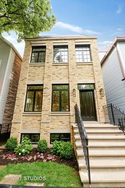 1751 W Henderson, Chicago, IL 60657 Roscoe Village