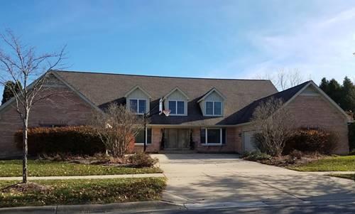 905 Wedgewood, Crystal Lake, IL 60014