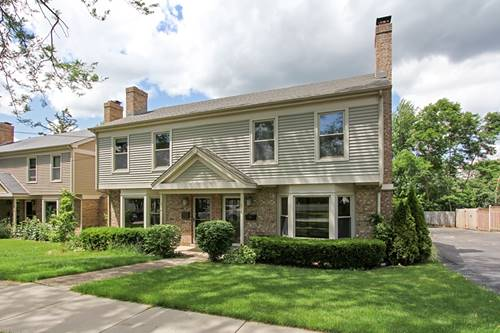 516 E Russell, Barrington, IL 60010