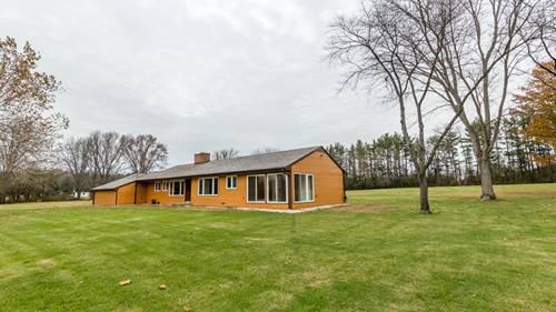 8 Woodcreek, Barrington, IL 60010
