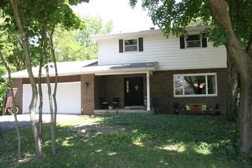 250 N View, Hinckley, IL 60520