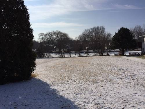 1270 Candlewick, Poplar Grove, IL 61065