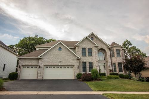 739 Hickory, West Chicago, IL 60185
